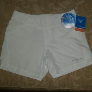 COLUMBIA WOMENS CORAL POINT II SHORTS XSMALL NWT